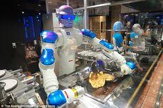 Робот шеф-повар готовит идеальные блины