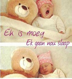 Ooooooo it's so cute Cute Kids, Cute Babies, Good Knight, Baby Tumblr, Goeie Nag, Cute Baby Pictures, Pretty Baby, Afrikaans, Teddy Bear