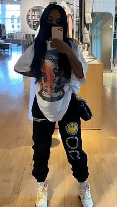 Tomboy Fashion, Teen Fashion Outfits, Retro Outfits, Girl Outfits, Black Girl Fashion, Urban Outfits, Baddie Outfits Casual, Cute Swag Outfits, Streetwear Mode