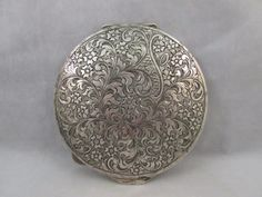 Vintage Large 800 Silver Engraved Compact 3 5 8 inches 67 4 G Case Metal Engraving, Engraved Jewelry, Blacksmithing, Compact, Vintage Ladies, Vase, Silver, Frames, Ebay