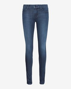 #INTERMIX #SWEEPSTAKES J Brand Harmony Mid-Rise Skinny: Black hardware adds a subtle edge to these super skinny mid-rise fit jeans. Four pocket style. Zipper/button closure. In a dark denim rinse called Harmony . Fabric: 43% viscose/33% cotton/17% lyocell/5% polyester/2% elastane Model Measurements: Height ...