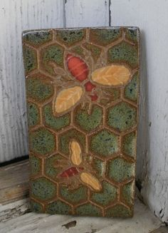 Organic arts & crafts bees tile on Etsy I Love Bees, Bee Skep, Bee Jewelry, Bee Art, Bee Crafts, Bee Theme, Save The Bees, Bee Happy, Bees Knees