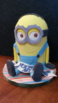 "Minion Cake for Fathers Day... ""Dad, You're One in a Minion"""