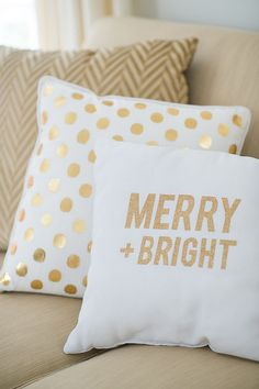 Give your couch a Christmas touch with the addition of these fabulous, no-sew DIY pillows.   Photo by Jenny Moloney Photography via Style Me Pretty