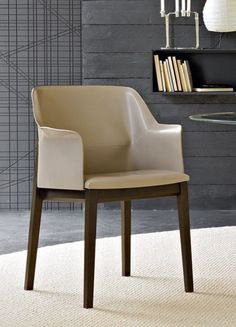 Tivan dining chair. Designed by Arik Levy (France) for Molteni & C.