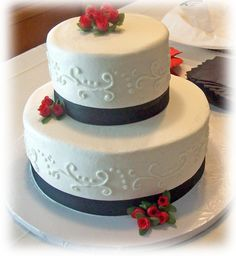 2-Tiered Wedding Cake  on Cake Central