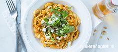 Stiekem bevat deze pasta veel groenten en is bovendien ideaal om restjes mee op te maken