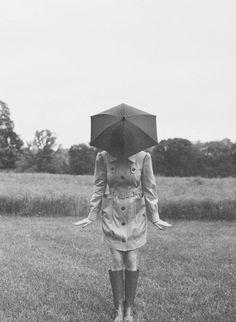 Children Photography Poses, Toddler Photography, Creative Photography, Art Photography, Wedding Photography, Black Umbrella, Under My Umbrella, Rodney Smith, Cute Umbrellas
