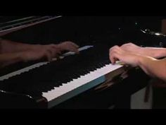 Flight of the Bumble Bee - crazily extreme fast pianist