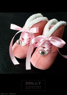 I need these for the cold swedish winters Baby Ballet Shoes, Girls Ballet Flats, Italian Baby, Cute Baby Shoes, Exclusive Shoes, Children's Boutique, Little Fashionista, Baby Boots, Kid Styles