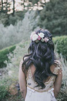 style | flowers in her hair | edyta szyszlo photography | via: 100 layer cake