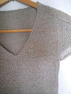 Ravelry: knittingnote's on the beach Knitting Patterns, Crochet Patterns, Knitting Ideas, Beach Sweater, Summer Knitting, Cardigan Pattern, Knitted Bags, Diy Crochet, Ravelry