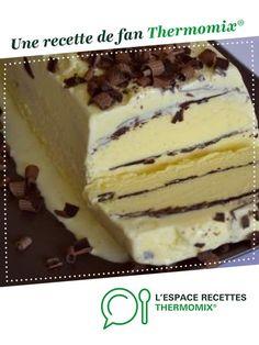 glace vanille chocolat façon viennetta par megara8. Une recette de fan à retrouver dans la catégorie Desserts & Confiseries sur www.espace-recettes.fr, de Thermomix®.