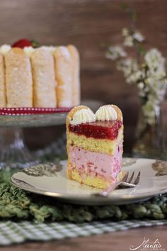 Cupcakes, Cupcake Cakes, Charlotte Torte, Raspberry Mousse Cake, Malu, Fancy Cakes, Let Them Eat Cake, Food Dishes, Cake Recipes