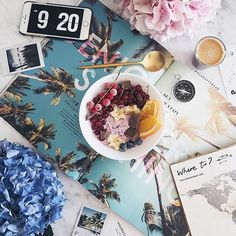 Perfect way to start the day with @alabasterfox ☀️    #Regram via @flatlay #flatlay