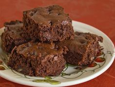 Quinoa Chocolate Chip Brownies: These gluten free vegan brownies call for quinoa flour, but can be made with millet or sorghum flour.
