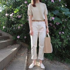 Korean Casual Outfits, Casual Chic Outfits, Effortlessly Chic Outfits, Simple Outfits, Fashion Outfits, Dress Casual, Minimalist Fashion Women, Minimal Fashion, Korean Fashion Trends