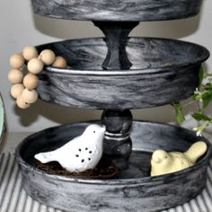 Find all of the freshest farmhouse lemon decor here! We've including a variety of decor pieces for you to choose from, including some free lemon decor ideas! Diy Kitchen Cabinets, Painting Kitchen Cabinets, Kitchen Soffit, Gray Cabinets, Kitchen Redo, Farmhouse Style Kitchen, Farmhouse Decor, Bay Window Curtain Rod, Window Seats