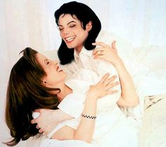 Lisa Marie & Michael Jackson outtakes - in bed photo shoot