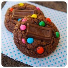 Cookies de confeitos e Hershey's | Vídeos e Receitas de Sobremesas