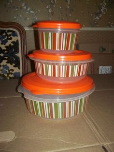 Rubbermaid orange stripe,3 piece set of containers with lids.