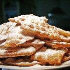 Božie milosti Waffles, Breakfast, Food, Candle, Morning Coffee, Essen, Waffle, Meals, Yemek