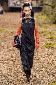 Défilé Chanel automne-hiver 2018-2019 Prêt-à-porter - Madame Figaro