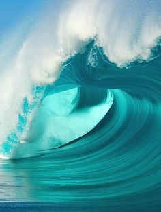 Ocean Waves in a light turquoise. Powerful and strong
