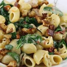 pasta with mascarpone, chicken, spinach, and sun dried tomatoes -- sounds yummy! I may have to make this soon!!!