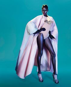 Ajak Deng by John-Paul Pietrus for Modern Weekly China September 2012. #fashion #photography