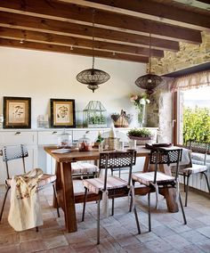 Porch Decorating, Interior Decorating, Interior Design, Dinning Chairs, Dining Area, Farm Restaurant, Dining Room Inspiration, Open Plan Living, Rustic Interiors