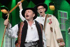 Górale z Kabaretu pod Wyrwigroszem zastanawiają czy w Zakopanem da się urządzić olimpiadę? (fot. I Sobieszczuk/TVP)
