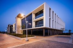 dhk architects/Business Centre, The