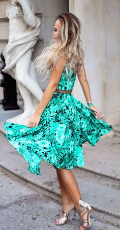 tropical print dress from Persunmail. - Total Street Style Looks And Fashion Outfit Ideas Neon Dresses, Pretty Dresses, Beautiful Dresses, Casual Dresses, Casual Outfits, Summer Outfits, Girl Outfits, Cute Outfits, Summer Dresses