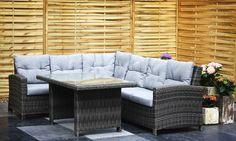 De #loungecorner Maartje is de uitkomst voor iedereen die niet kan kiezen tussen een #loungeset en een #tuinset. Deze set heeft namelijk het beste van allebei.