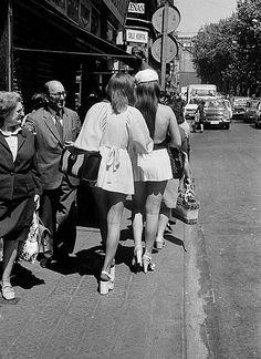 Miniskirts #Fotografía Francesc Català Roca @Qomomolo