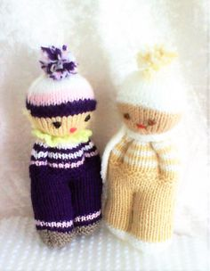 Knitted Doll Patterns, Knitted Dolls, Crochet Dolls, Knitting Patterns Free, Knitted Hats, Knitting Little Dolls, Baby Knitting, Baby Toys, Kids Toys