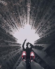 #hbouthere: It's all about perspective. Photo: @thendrw by hypebeast