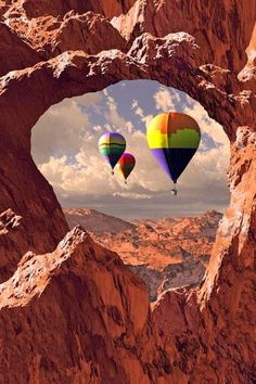 Hot air ballooning over Arches National Park, Moab, Utah