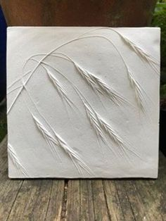 Best 12 Approximate Size: 16 x x in) Striking, delicate and ethereal, this grass tile is beautifully elegant. It will look stunning on its own or as part of a collage of tiles or pictures. A perfect gift for a plant or nature lover! The tiles Plaster Crafts, Plaster Art, Plaster Molds, Art Texture, Glue Art, Deco Nature, Clay Tiles, Decorative Tile, Decorative Shelves