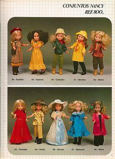 Azalea, Mickey, Retro, Saigón, Malva, Vacaciones, Disco... estos nombres que a primera vista nos pueden parecer ajenos corresponden en reali... Vestidos Nancy, Toddler Arts And Crafts, Nancy Doll, Holly Hobbie, 18 Inch Doll, Boutique, American Girl, My Girl, Doll Clothes