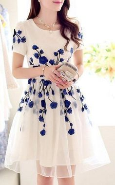 30 Spring Wedding Guest Outfit Ideas | http://HappyWedd.com