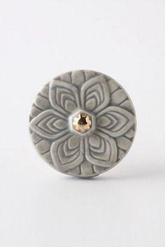Edwardian Knob, Grey modern knobs