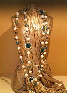 Green Vinatge Flower Pearl Long Necklace
