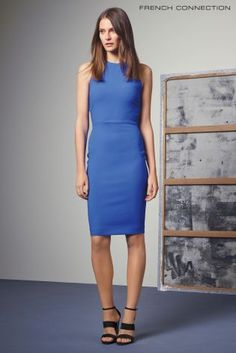a57ee8f4e8d Синее легкое платье French Connection Whisper без рукавов - Покупайте прямо  сейчас на сайте Next  Украина