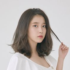According to multiple broadcasters on the IU received proposals to appear in the new heroine of the Hong Sisters. This work is likely to be TVN composition. Directed by Suk-Hwan Cho, who made SBS hit films such as Iu Short Hair, Korean Short Hair, Hair Inspo, Hair Inspiration, Medium Hair Styles, Long Hair Styles, Shot Hair Styles, Pretty Hairstyles, Iu Hairstyle