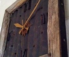 Barn Wood Clock with Rusted metal. Instead of clock add initial or something. Or insert picture of the barn from old wood. Barn Wood Crafts, Barn Wood Projects, Old Barn Wood, Reclaimed Wood Projects, Metal Barn, Diy Projects, Barn Tin, Salvaged Wood, Country Decor