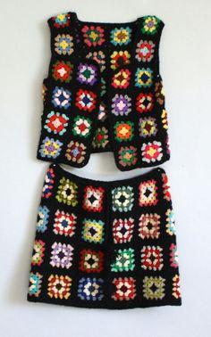 Crochet Mandala, Crochet Granny, Crochet Top, Crochet Skirts, Crochet Clothes, Crochet Waistcoat, Granny Square, Vest And Tie, Bohemian Style