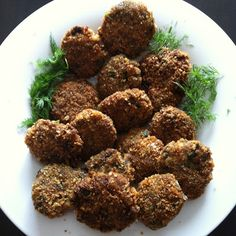 """La mia cucina persiana: Le mie polpette """"Kotlet"""" con Patate Viola Almond, Herbs, Ethnic Recipes, Food, Cooking, Jalousies, Kitchen, Essen, Almond Joy"""