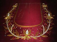 Wedding Saree Blouse Designs, Silk Saree Blouse Designs, Blouse Neck Designs, Mirror Work Blouse Design, Maggam Work Designs, Lotus Design, Designer Blouse Patterns, Hand Designs, Machine Embroidery Designs